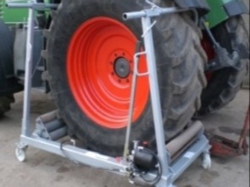 RAS Hydraulic Wheel Changers